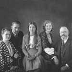 Matthiasdottir (center) with parents and siblings